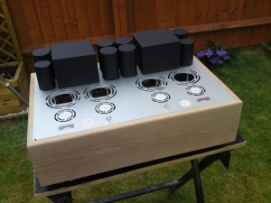 The finished amplifier chassis.